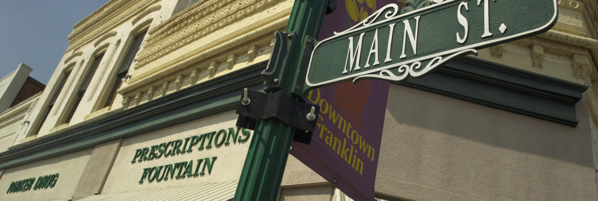 historic-downtown-franklin-main-street-sign
